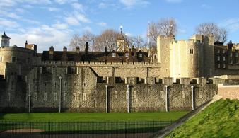 Экскурсия в Вестминстерское аббатство и Тауэр с прогулкой на кораблике по Темзе