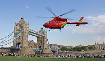 Полет на вертолете над Лондоном